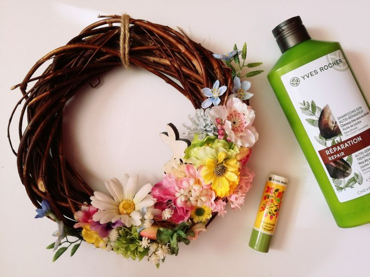 Spring. Wreath. Handmade. Colors. Natural cosmetics. Yves Rocher
