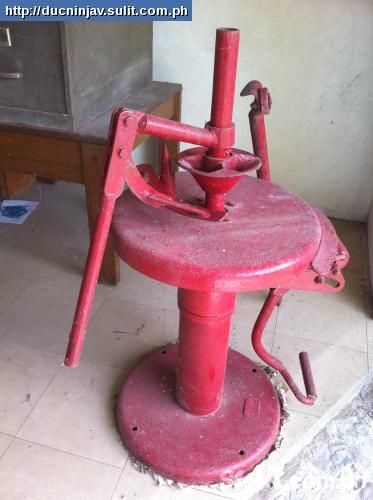 Antique Manual Tire Changer - Bing images