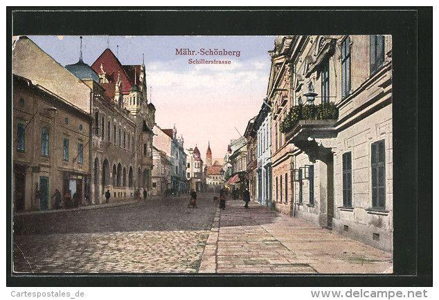 CPA Mähr. Schönberg, Blick In Die Schillerstrasse Avec Des Passants - Tchéquie