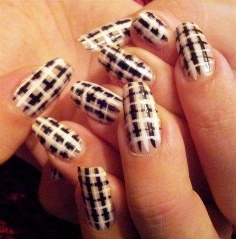 Black and white stripes by liinii1 - Nail Art Gallery nailartgallery.nailsmag.com by Nails Magazine www.nailsmag.com #nailart