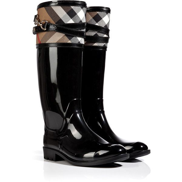 BURBERRY SHOES & ACCESSORIES Rubber Boots with Check Trim (510 CAD) ❤ liked on Polyvore featuring shoes, boots, burberry, genuine leather boots, shiny black boots, chunky black boots, black leather boots en black boots