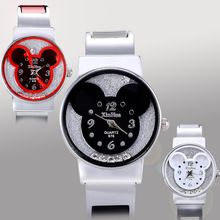 La nueva Manera de Mickey Relojes Pulsera Mujeres del vestido de la Muchacha Linda Rhinestone relojes de pulsera hombres 2016 Casual de Las Señoras de Cuarzo reloj de la historieta(China (Mainland))