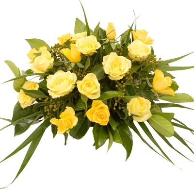 very nice ........  A gorgeous arrangement of roses that would bring romance to anyone's dinner party