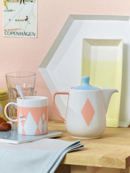 Peppen Sie Ihr altes Porzellan mit frischen Pastellfarben auf. Wie das geht? Wir zeigen Ihnen Schritt für Schritt wie Sie Ihr Geschirr aufhübsche