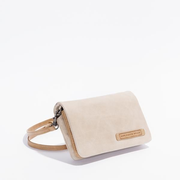 You may have seen Nina Proudman rocking one of these on the new season of Offspring!  The Helsinki Bag is a versatile bag.  Although, it's not just a bag... This little baby has 8 card slots so it can cover all your bag and wallet needs in one!   #bag #nina #proudman #offspring #almond #toffee #wallet