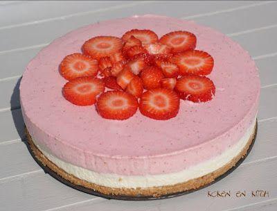 Koken en Kitch: Moussetaart van witte chocolade en aardbei