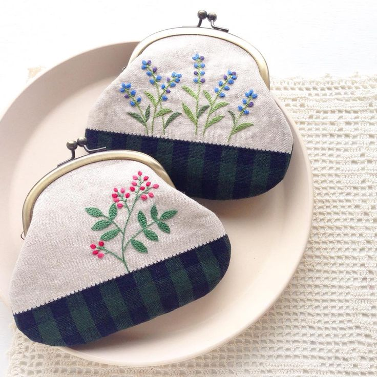 Embroidered Coin Purses                                                       …