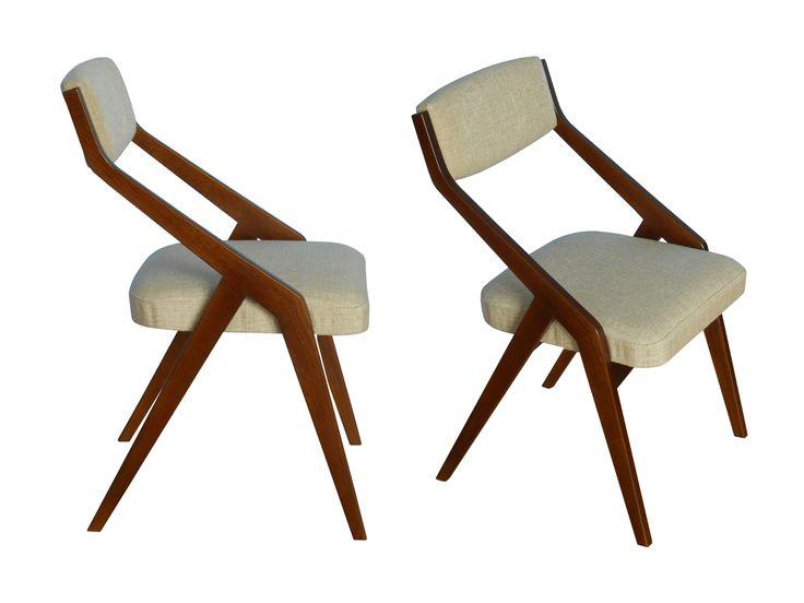 Krzesło / Stuhl Picard   B.T. Meble ➥ Krzesło w stylu lat 50-tych, PRL, konstrukcja z drewna dębowego ➥ Ein neuer Stuhl inspiriert vom Design der 50er. Das Gestell ist aus massivem Eichenholz, der Bezug langlebig und fleckenabweisend.