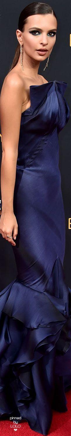 Emily-Ratajkowski in Zac Posen 2016 Emmy Awards   LOLO❤︎