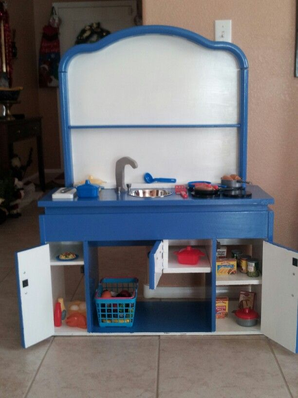 This was the third play kitchen we made for Xmas this year for grandkids.