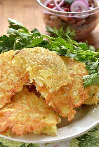 Очень вкусные оладушки, даже мой сын их ест с удовольствием. Если готовить их утром, на завтрак, то чтоб сэкономить время можно отварить капусту с вечера. А если…