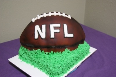 a wedding cake 46 best football cakes and cookies images on 10973