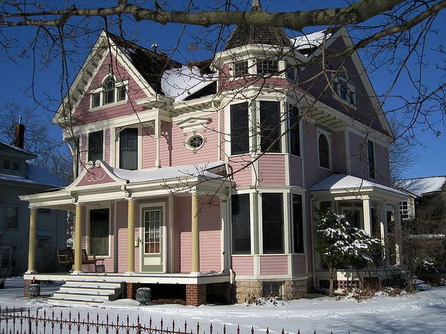 Pink house tipton iowa flickr photo sharing for Tipton home builders