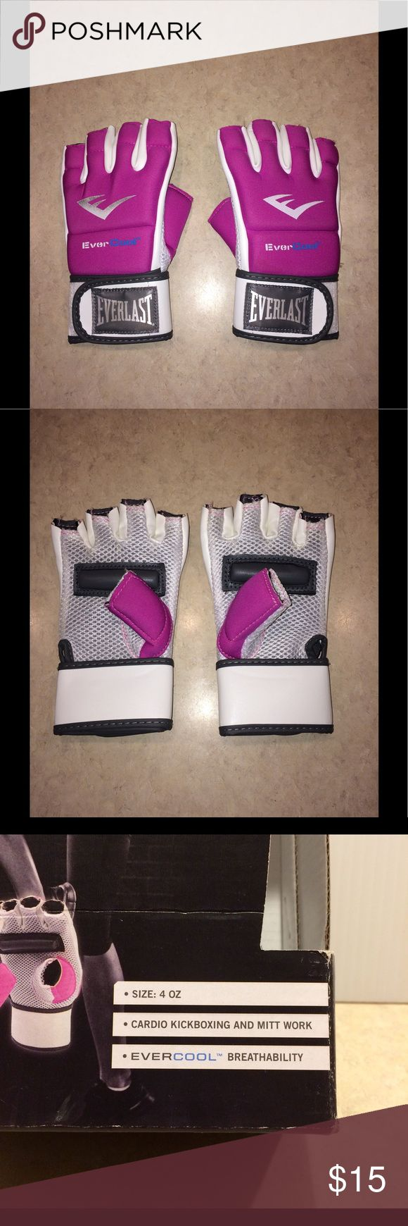 Everlast Women's Kickboxing Gloves Everlast  Women's Evercool Kickboxing  Gloves.   Size 4oz.    Brand new/never been used.  Box is ripped (See picture 4).  Comes from smoke free home. Everlast Other