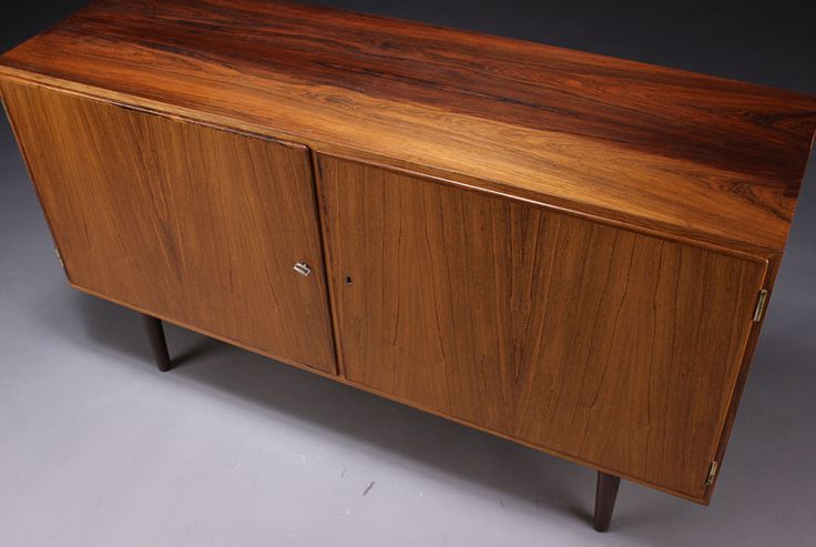 Aage Hundevad rosewood sideboard, 1960. H. 75 W. 138 D. 43 cm. Key included.