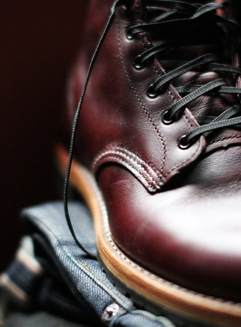 Red Wing 9011 Beckman Round Toe Boots