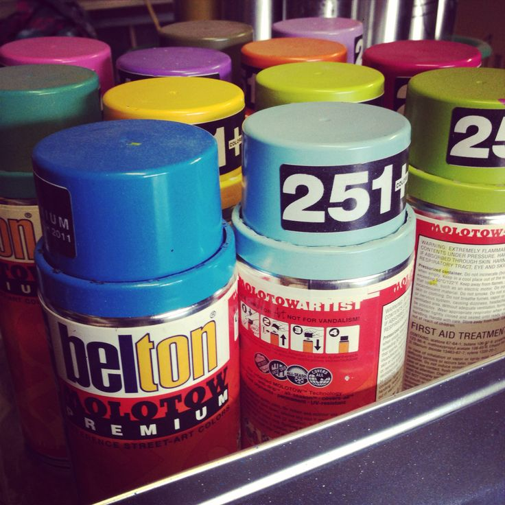Graffiti Artists favourite brand. German & with over 251 colours. Love em!