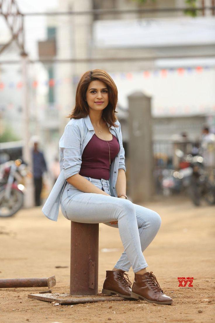 Actress Shraddha Das Latest Stills - Social News XYZ