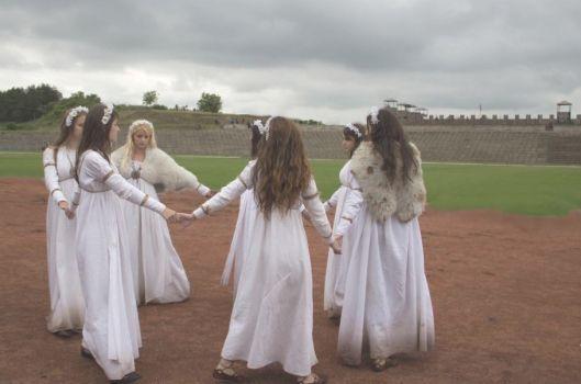 Dacians girls rituals
