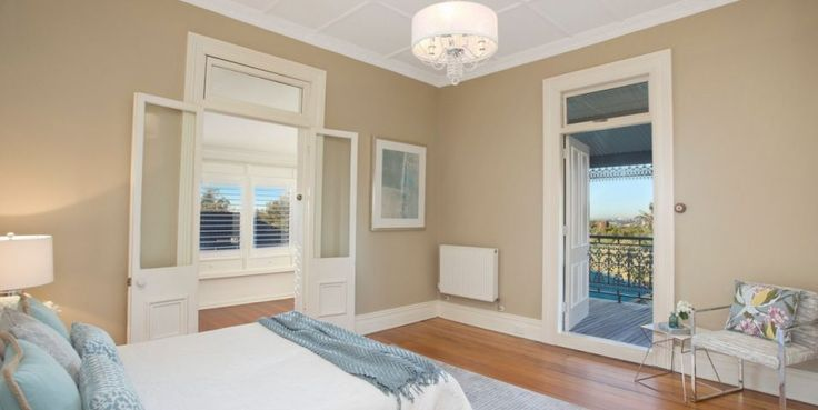 king sized master bedroom, built ins, dressing room, ensuite, private & peaceful