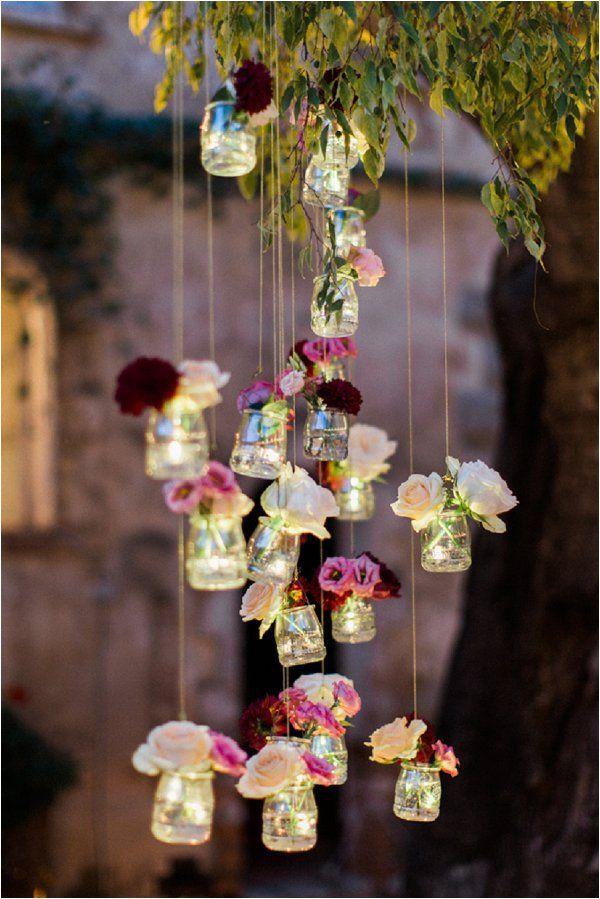 Décoration florale - fleurs suspendues - légèreté et douceur - votre fleuriste www.lespremicesdem.fr