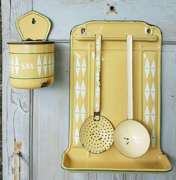 Vintage French Kitchen: 25+ Best Ideas About Vintage Enamelware On Pinterest