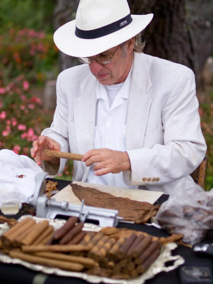 Analysis of an american tradition smoking
