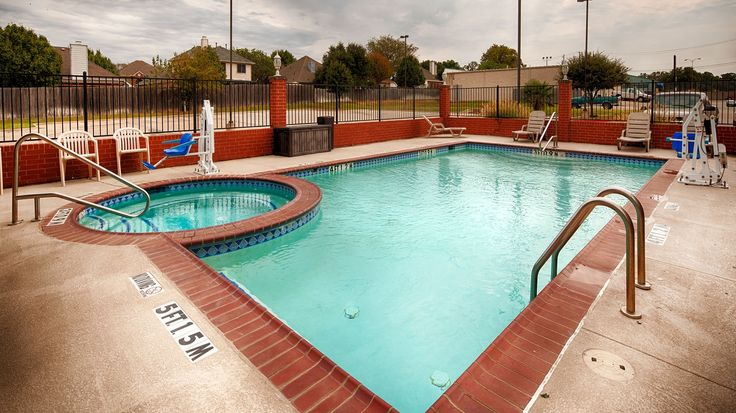 Enjoy the great place to make your home base while visiting the Lake Lewisville at Hotels lake Dallas TX. Lake Dallas Texas Hotels provide featuring Free WiFi,coffee maker,and high-speed Internet access.