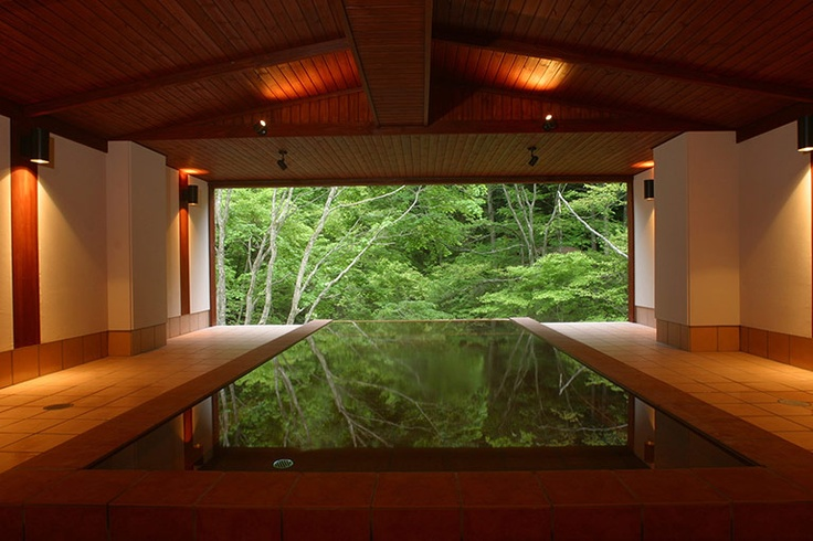 Relais & Chateaux - This little jewel is tucked away in the calm and serenity of the mountains, between the snowy peaks and fine traditional hot springs, located in the national park, and renowned for their therapeutic qualities. Tobira Onsen Myojinkan - JAPAN  #relaischateaux  #spas