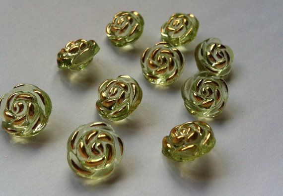 Buttons  10 Rose Buttons Green Plastic  13 MM by TradingExchange, $1.60