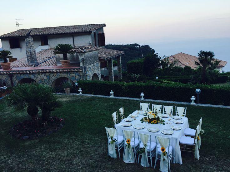 wedding venue, wedding table, sunset, Sant'Eustachio, Villa Minuta, Scala, White, Yellow and Orange colors, Olga Studio, Sposa Mediterranea, Federica wedding Planner