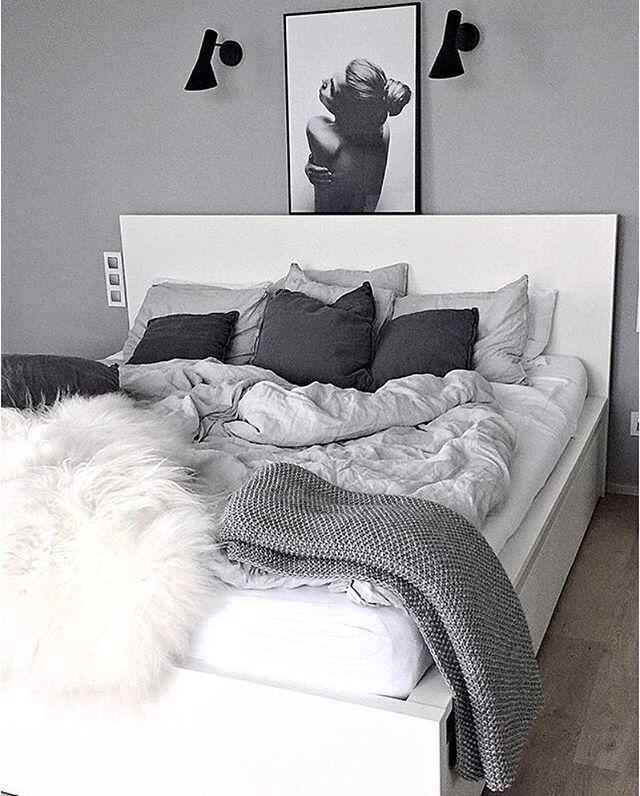 Et mere stilrent og lækkert soveværelse end her hos skønne @kajastef finder man vist ikke! Den smukke fotoplakat fra Via Martine finder I på shoppen!