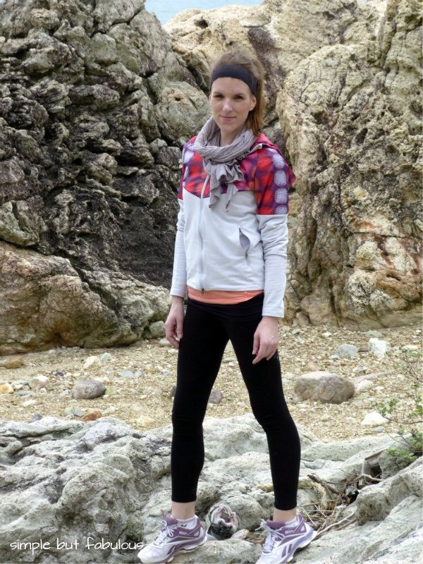 Simple But Fabulous Hiking Outfit