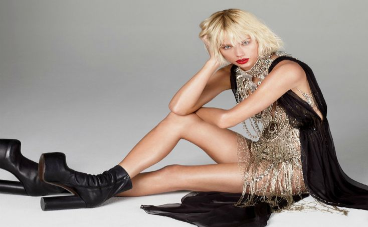 Taylor Swift Gets Fashion-Forward in Spring's Futuristic Dresses.       Vogue