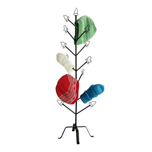 One of my favorite discoveries at Christmas Tree Shops andThat! - Metal Mitten Tree...LUV this!  So glad to use it after our snow!