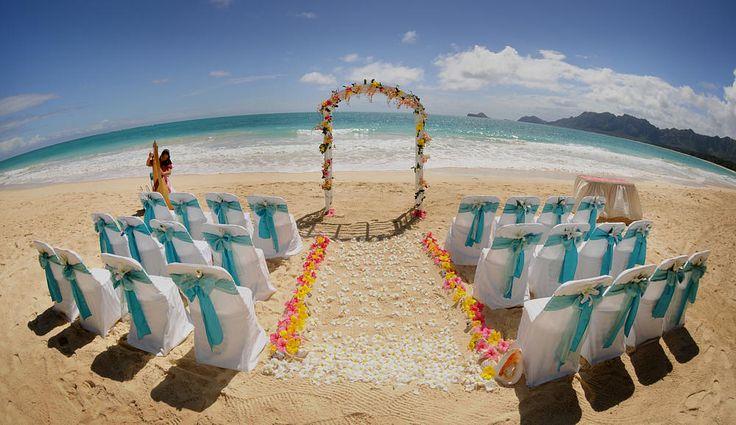 hawaii beach wedding by aloha island weddings