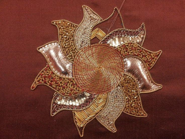https://www.facebook.com/Golden-Hinde-Goldwork-Embroidery-170301689808514/