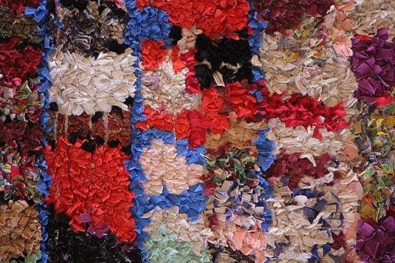 GRÖßE: 190 X 160 CM (6 2 X 5 2 Füße)  Amazing Rag Rug Boucherouite hergestellt aus recycelten Textilien, sieht wie eine zeitgenössische Malerei, Stammeskunst  Vintage, ca. 20/30 Jahre alt, sehr guter Zustand  Webseite: www.moroccan-berber-rugs.com  Großhandel: mehr als 200 neue Teppiche angeboten jeden Monat, unschlagbare Preise Großhandel  für mehr Informationen, mehr Auswahl (mehr als 800 Rugs verfügbar), größere Größen und Großhandelsbedingungen, entnehmen Sie bitte unsere Website: ww...