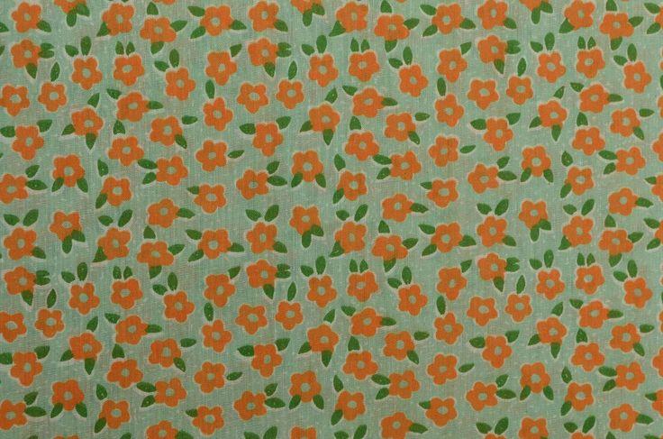 Vintage bloemen stof, Retro stof, lichtgewicht weefsel, Vintage katoenweefsel, Mod bloemen, oranje groen - 1 Yard - CFL2199 door TheFabricScore op Etsy https://www.etsy.com/nl/listing/511153718/vintage-bloemen-stof-retro-stof