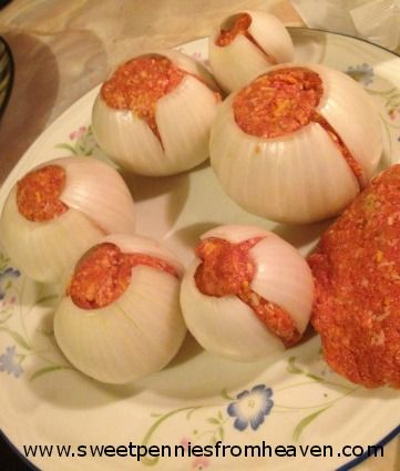grilling recipe onion bombs. I like onions just enough to try this. @Shannon Bellanca Seay I think this is a great idea... Maybe with some ground turkey??