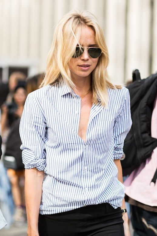 Elin Kling in aviator sunglasses & a striped shirt #style #fashion #streetstyle