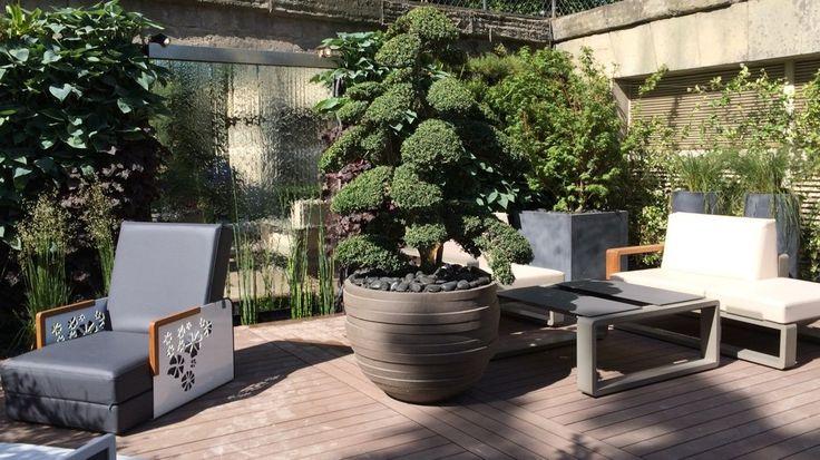 Terrasse moderne fontaine eau