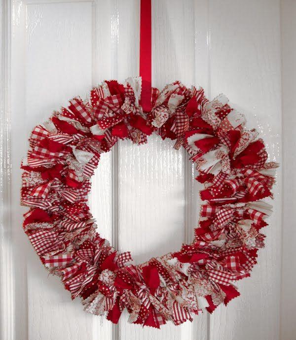 Jenny Arnott Textiles: Fabric Rag Wreath!
