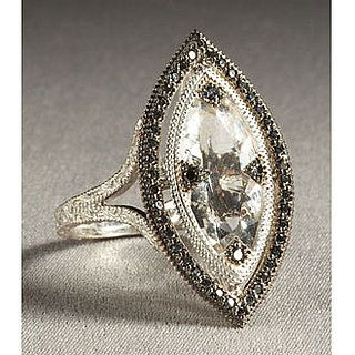 Love this diamond cut. Marquise rings have a slim oval shape with tapered, pointed ends.