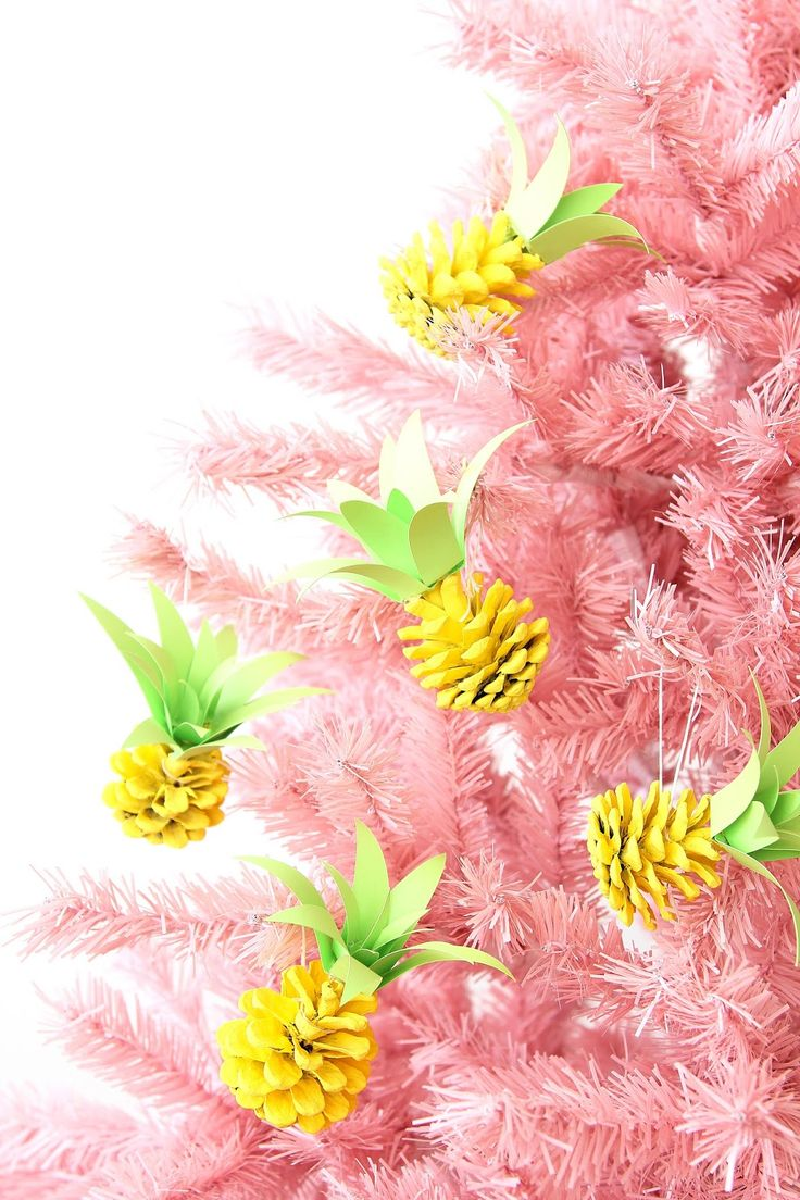Turn pinecones into pineapple ornaments with a bit of paint and paper.