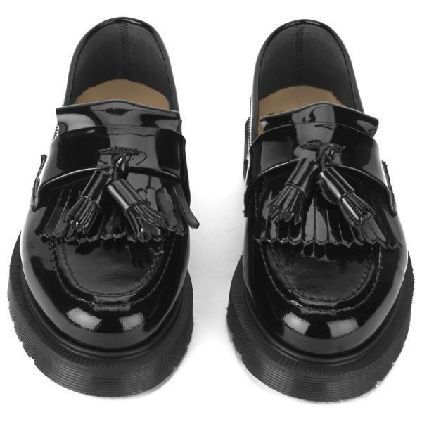 YMC Women's Solovair Patent Leather Tassel Loafers - Black (€125) ❤ liked on Polyvore featuring shoes, loafers, patent leather loafers, strappy shoes, tassle loafers, strap shoes and black loafer shoes