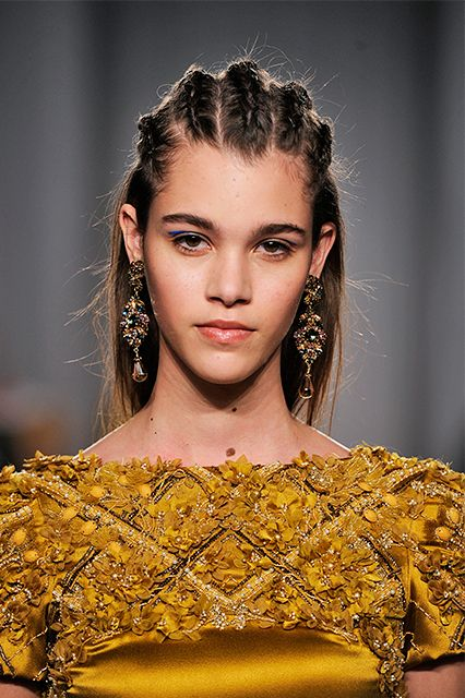 To The Head Here's a golden beauty rule for black-tie dressing: Ballerina buns, sleek styles, and super polished waves will make you look like you're trying too hard. This is the real world — not prom — so cancel that blowdry appointment, ASAP.   Marchesa is known for couture-like and bridal creations — look no further than the embellished marigold frock you see here. For the label's fall 2014 show, the designers employed Mark Hampton for Toni