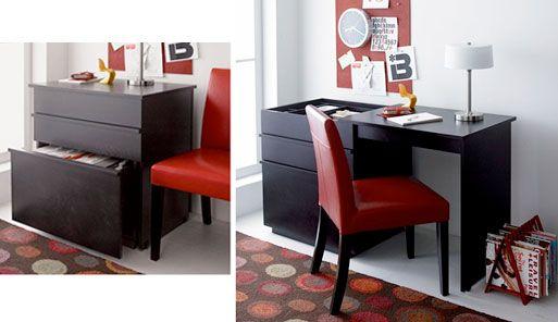 Складной письменный стол – лучший, для небольшой квартиры