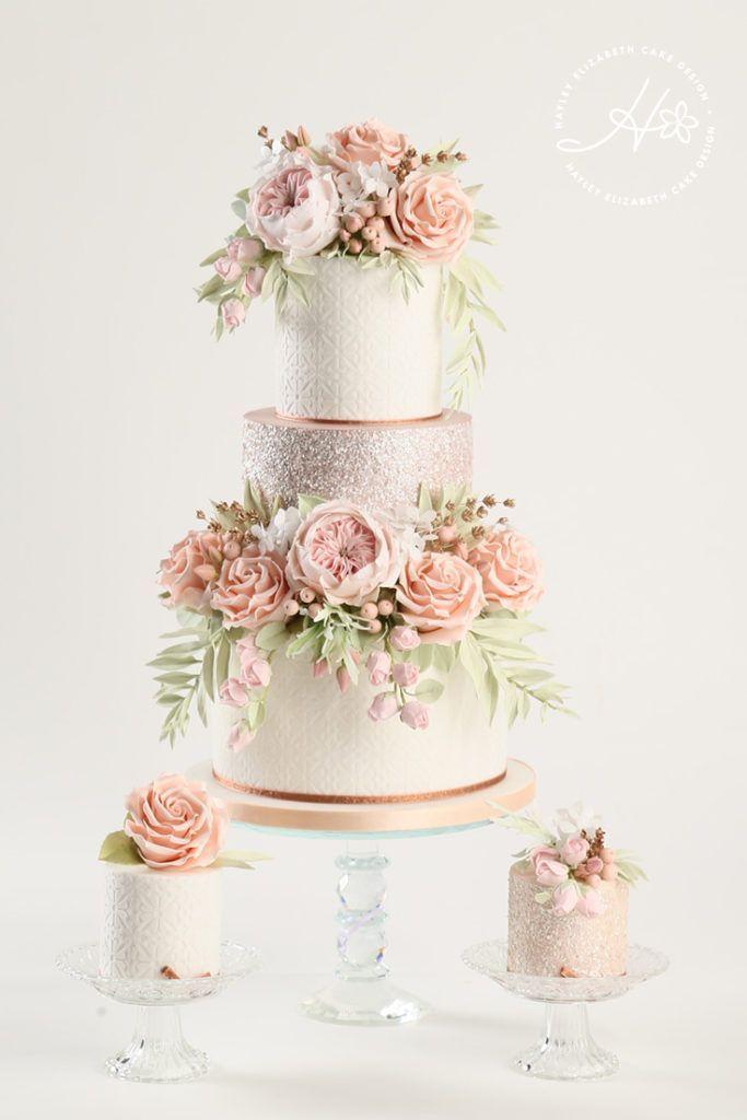 Luxus-Hochzeitstorte von Hayley Elizabeth Cake Design, Zuckerblumen-Pfingstrosen, fol …   – Cakes and cupcakes