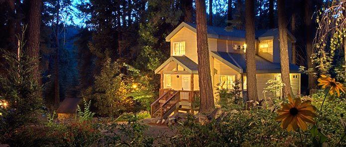 Yosemite lodging cottages at tenaya lodge http www for Yosemite park cabins
